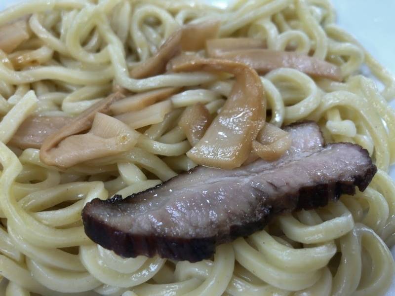 セブンイレブン冷凍食品「具付きつけ麺」