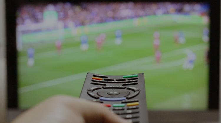 動画をテレビで視聴できる超おすすめの小型デバイスChromecast(クロームキャスト)とは?