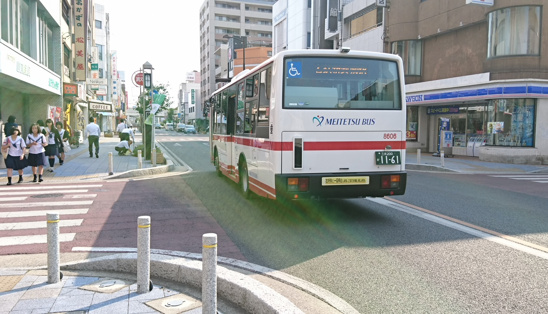 2017.6.16 御幸本町交差点 - 名鉄バス (1) 1880-1080
