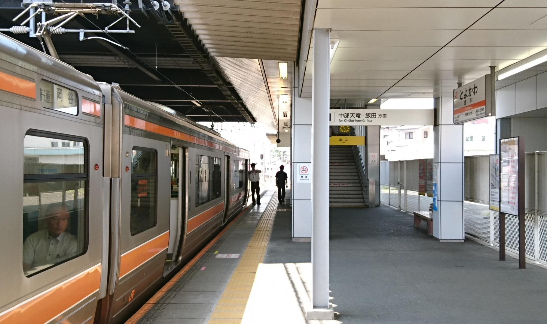 2017.8.30 豊川 (11) 豊川 - 岡谷いきふつう 1820-1080