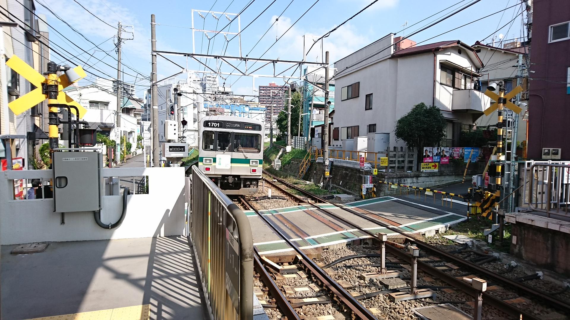 2017.10.12 東京 (67) 戸越銀座 - 五反田いき各停 1920-1080