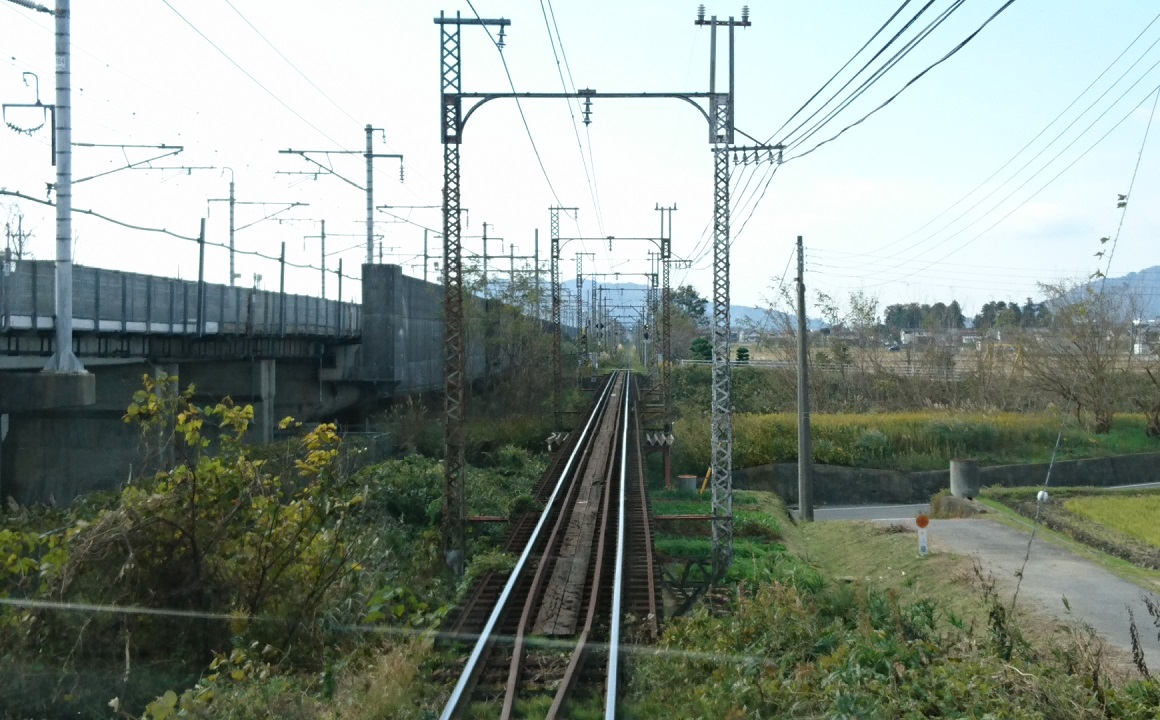 2017.11.17 八日市 (20) 貴生川いきふつう - 宇曽川をわたる 1160-720