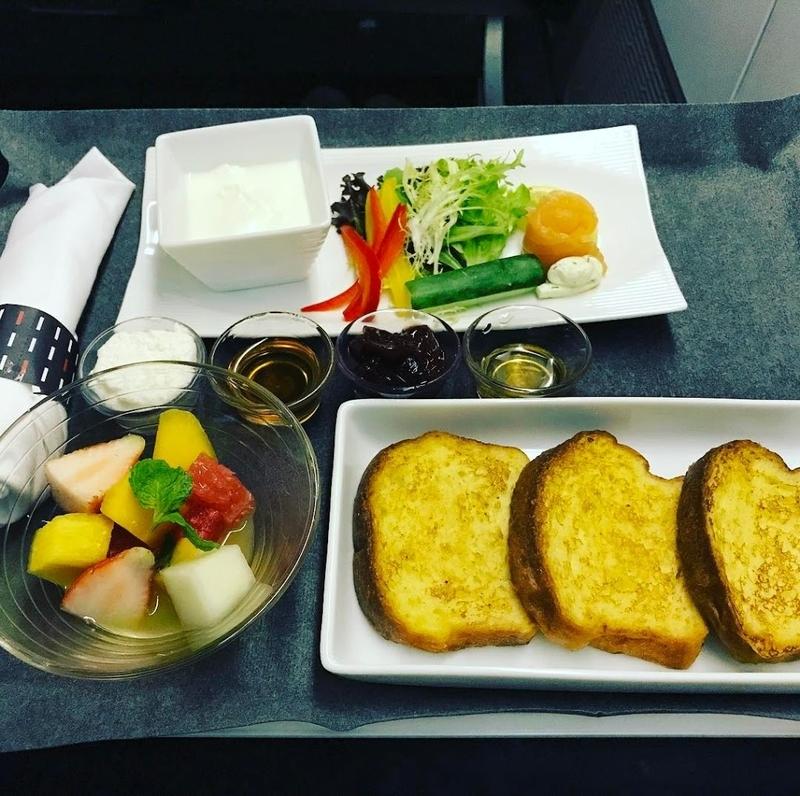 機内食:2017年04月 / 日本航空・JAL36(JL36) / シンガポール=東京・羽田 / ビジネスクラス
