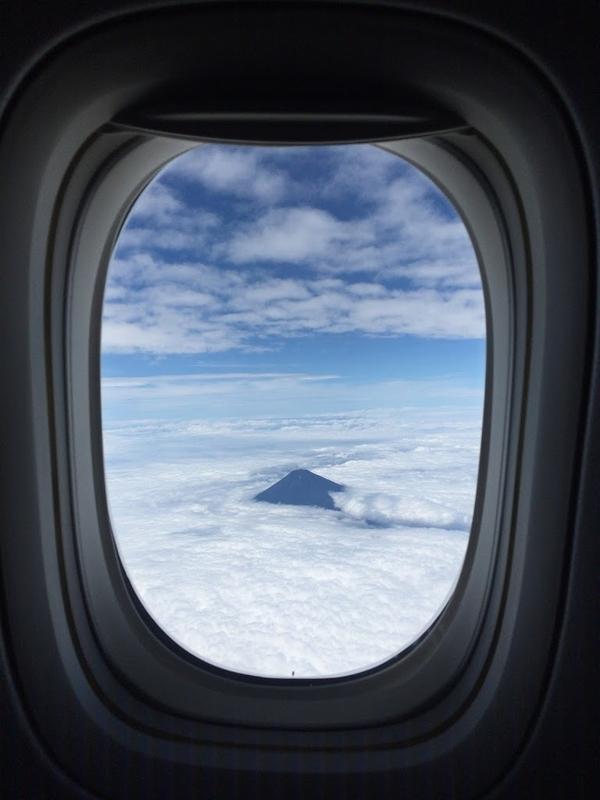 2016年7月:JAL915(JL915) 東京・羽田=沖縄・那覇でみた富士山