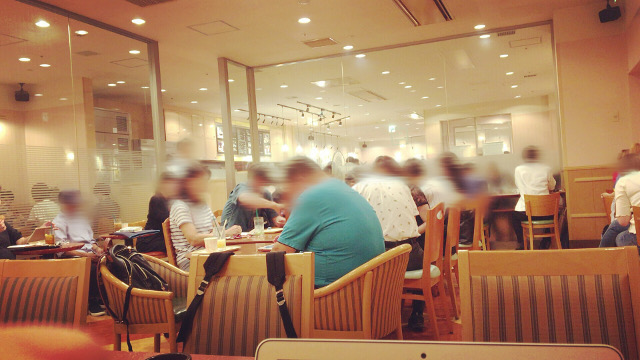 カフェ ベローチェ 新宿三丁目店
