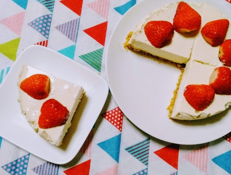 カロリー レアチーズ ケーキ 【実食】セブンイレブンくちどけなめらかなレアチーズのカロリーは?原材料や賞味期限を確認!  