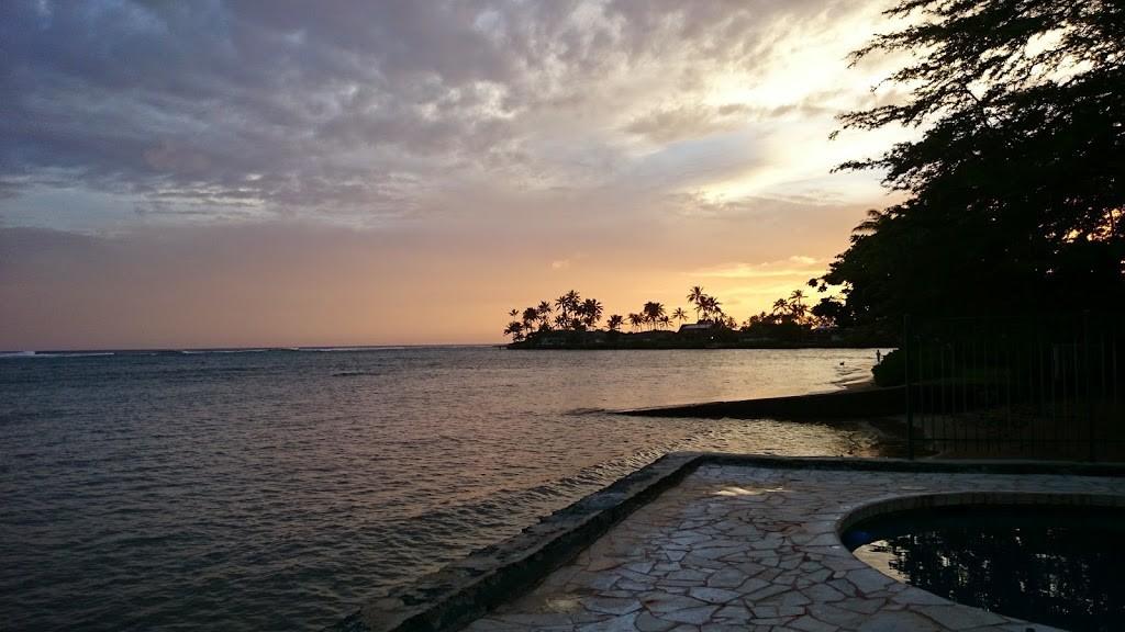 ハワイ マウナルア湾の写真2
