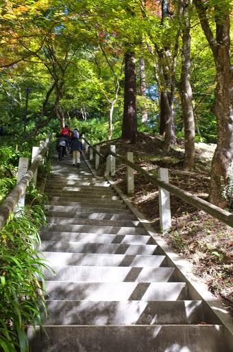 香積寺への階段