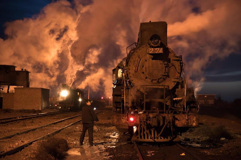 180103 夜明け前待機中の蒸機