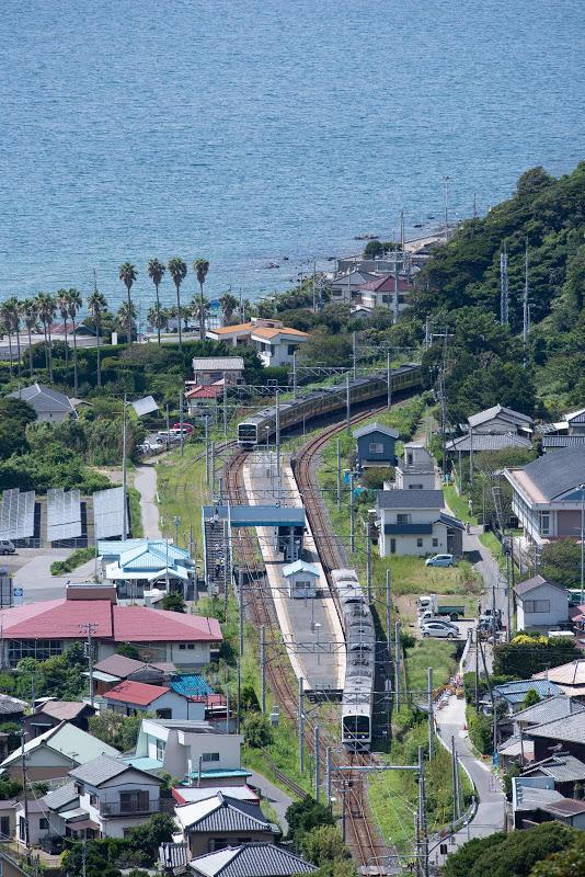 180818 観月台から見た浜金谷駅