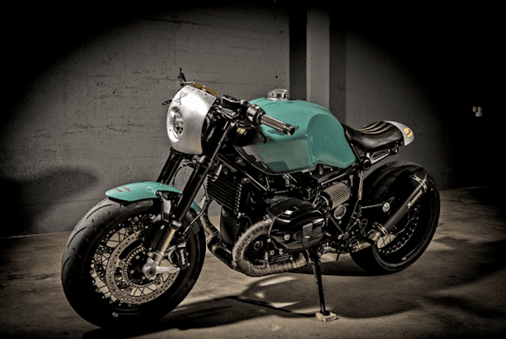 ★VTR Customs BMW R Nine Tカスタム