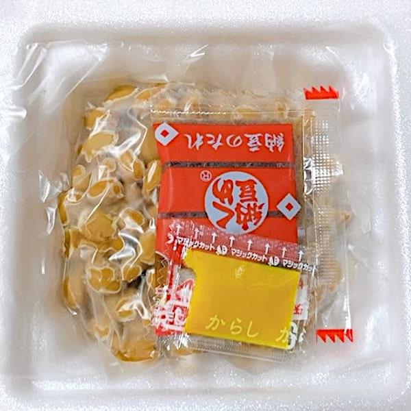 「くめ納豆 秘伝金印」の中身の画像