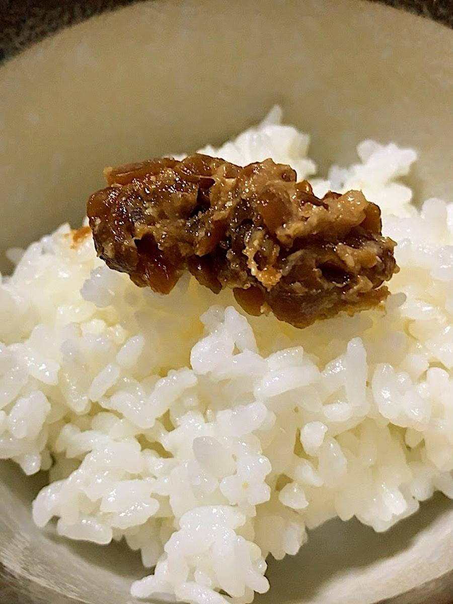 雪割納豆とご飯の画像