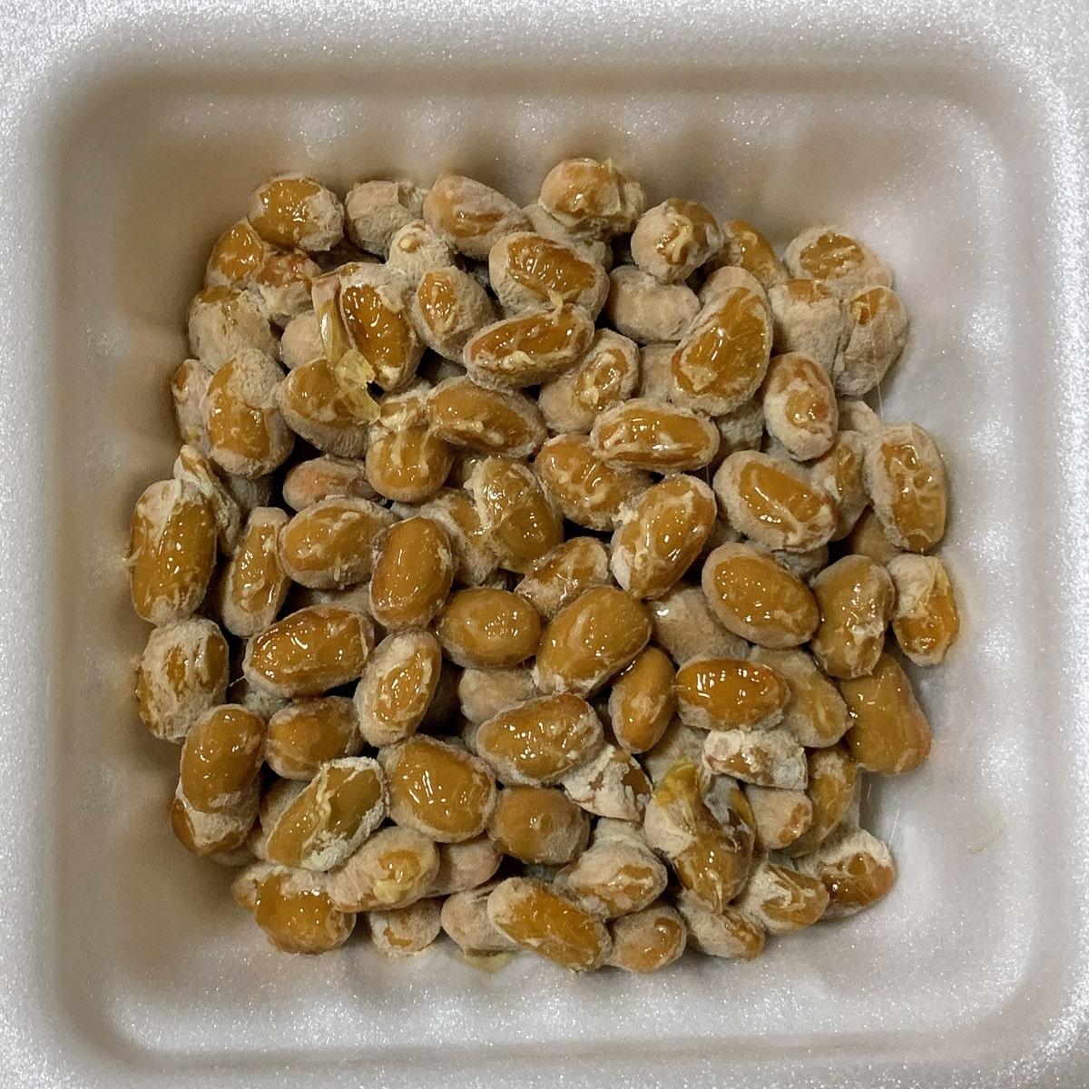 「極だし納豆」の納豆の画像