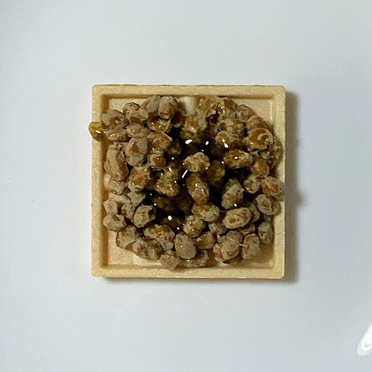 「もなか納豆」にしそのりたれを入れた画像