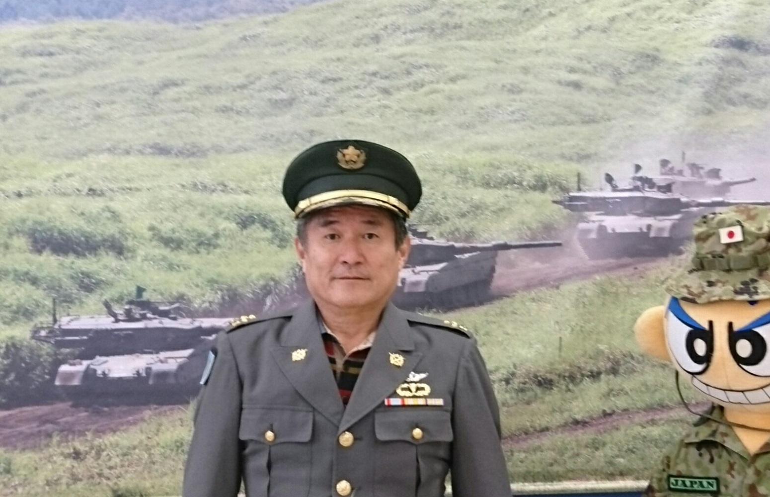 2017.10.28 守山駐屯地 (14) 記念さつえい 1550-1000