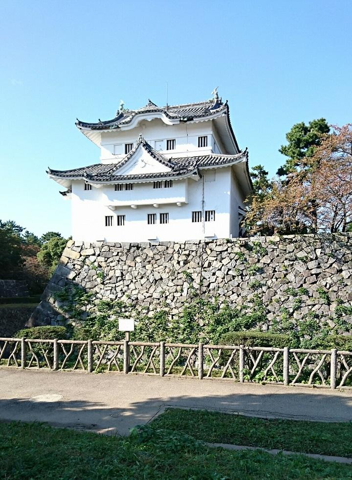 2017.11.3 名古屋城 (1) 東南すみやぐら(ひがしから) 720-980