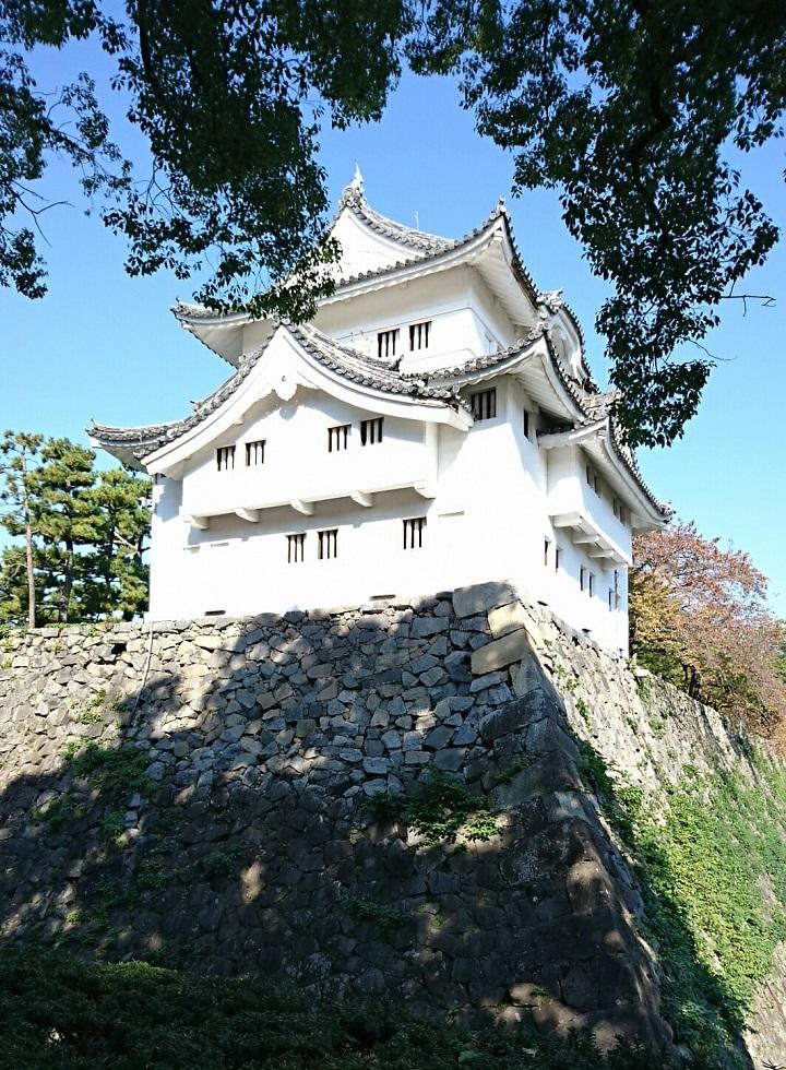 2017.11.3 名古屋城 (2) 東南すみやぐら(みなみから) 720-980