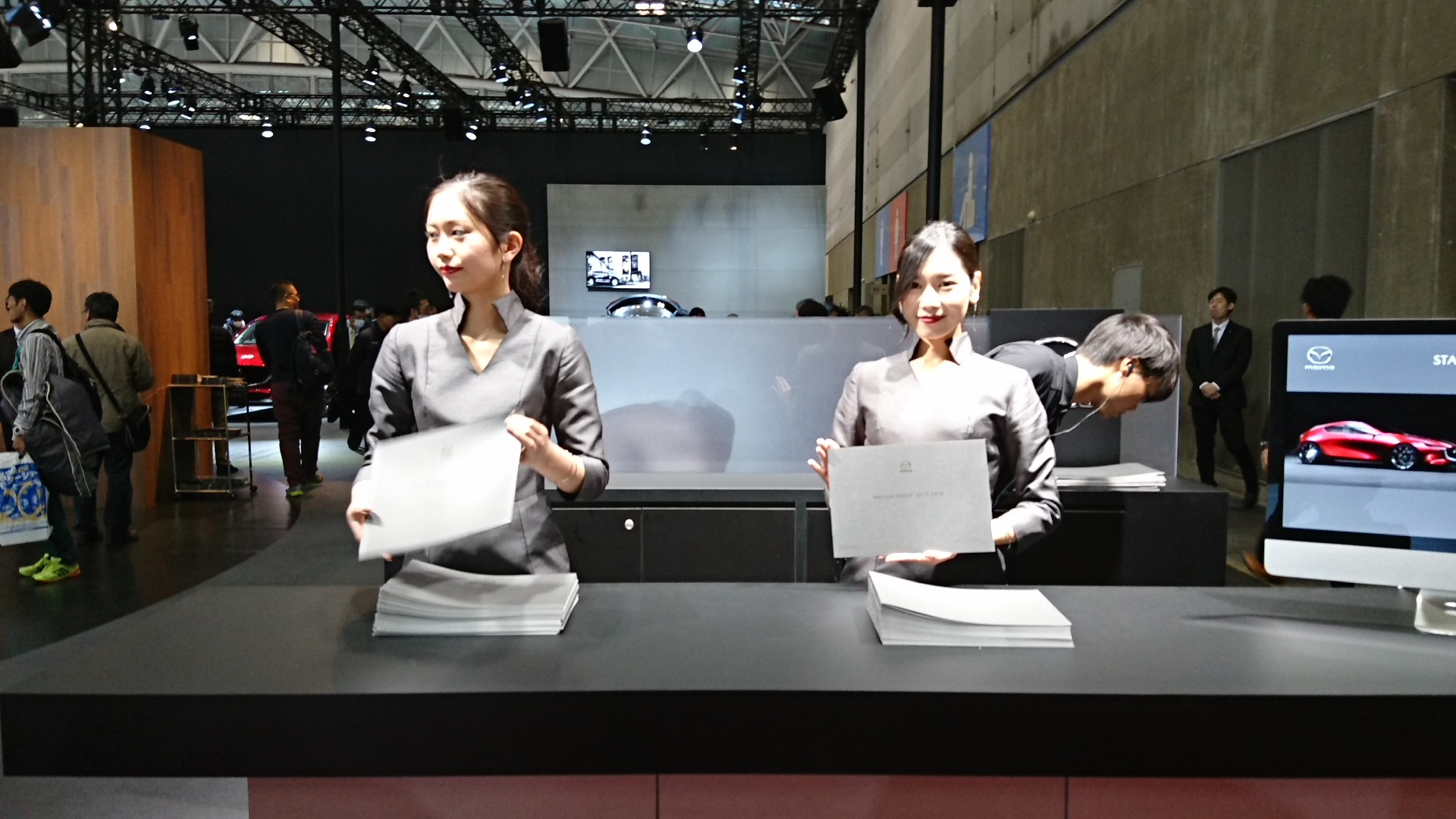 2017.11.24 名古屋 (34) モーターショー - マツダ 1920-1080