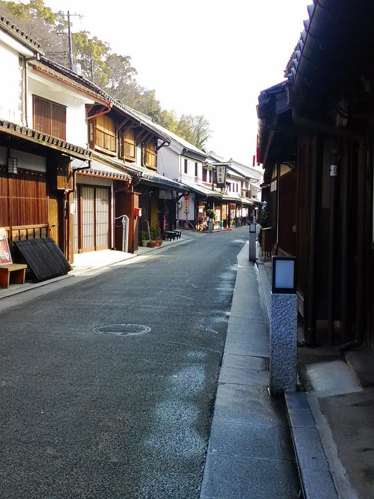 higashimachi-dori